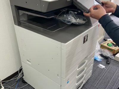 移転に伴いビジネスホン6台・複合機・PC購入、初期設定・LAN工事